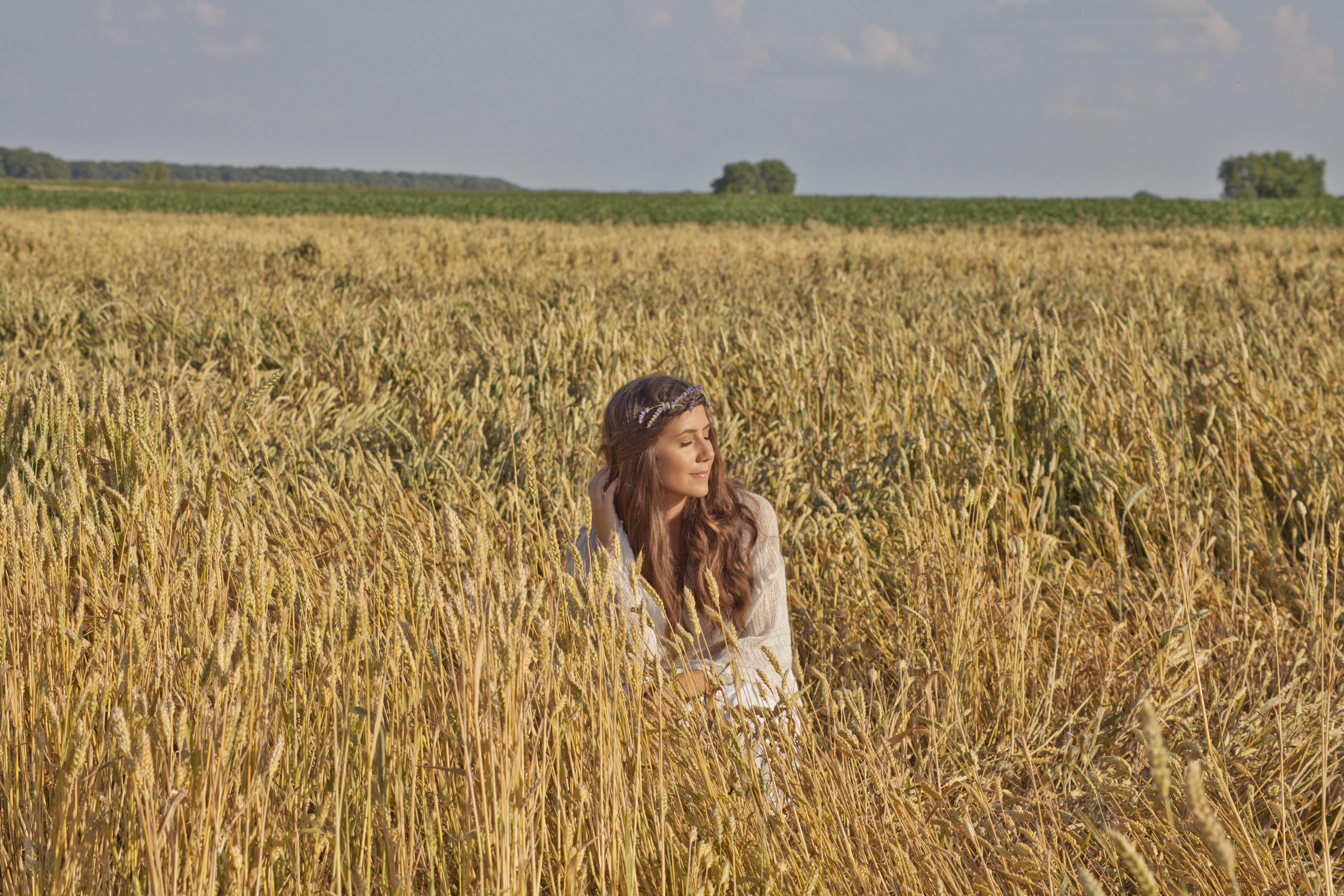 Courtney Scott Travel Style Golden Wheat Field