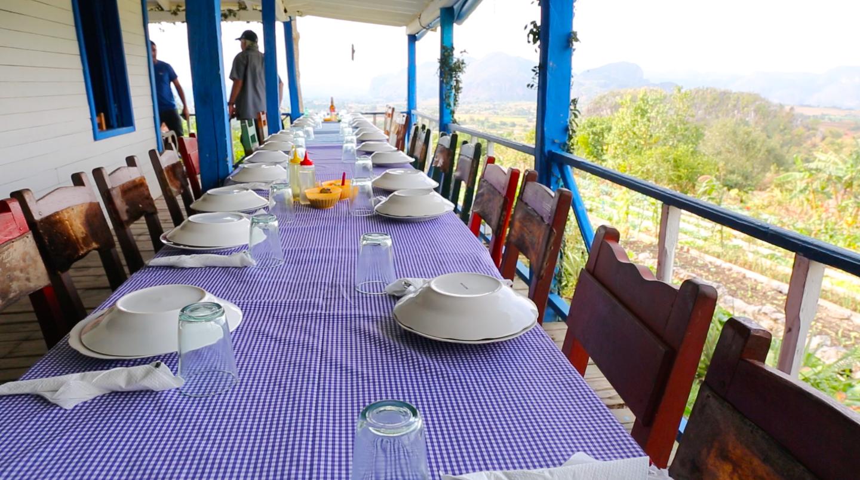 El Paraiso Lunch Table