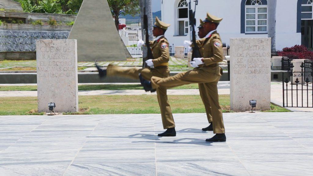 Changing of the Guards Cementerio Santa Ifigenia