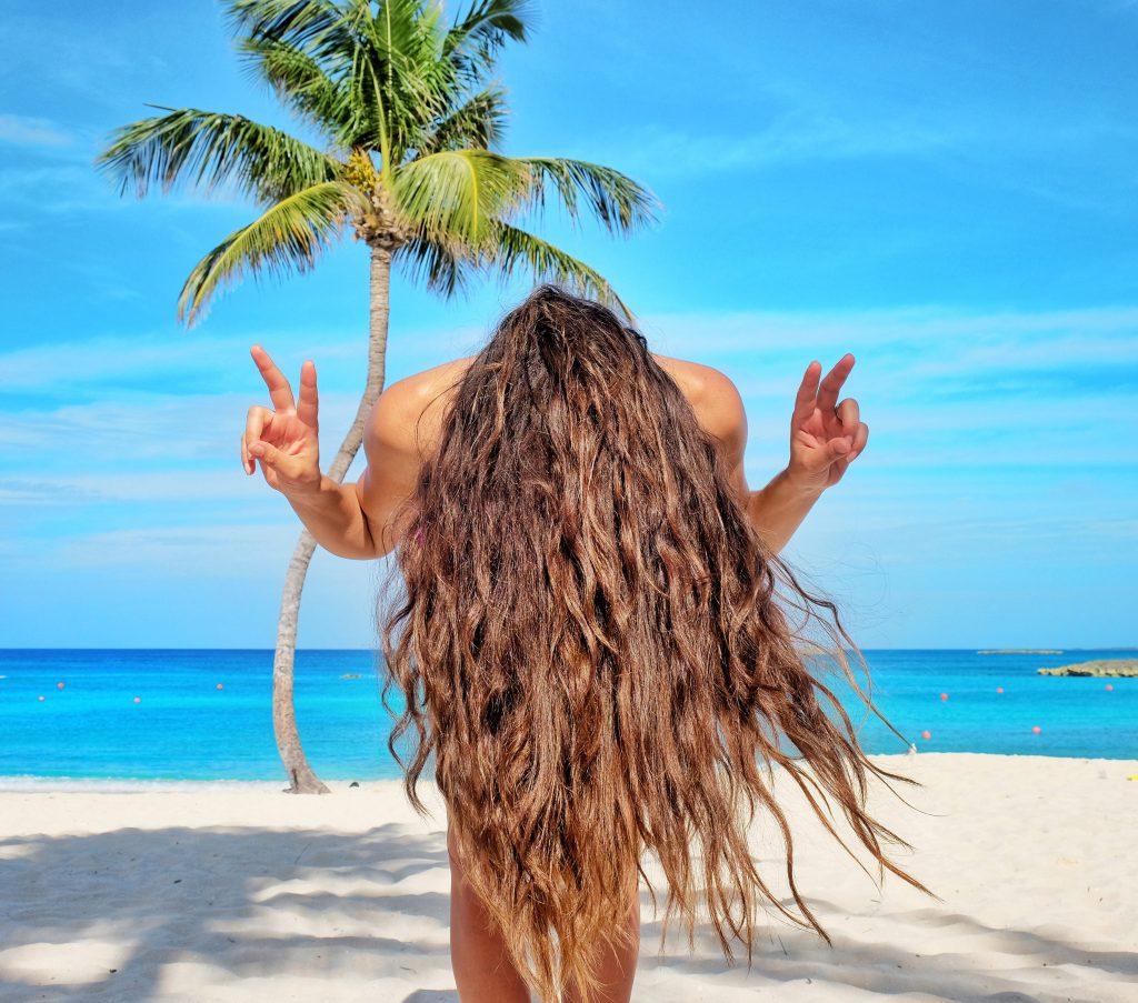 Atlantis-Resort-Palm-Tree-